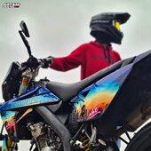 Qui valide ce kit déco Grand Theft Moto ? 🌇😎  Dispo sur notre site internet 🔥  #gotamdesign #moto #ktm #husqvarna #yamaha #kawasaki #suzuki #honda #beta #derbi #sherco #fantic #gilera #rieju #bikelife #supermot #motocross #enduro #50cc #85cc #125cc #250cc #300cc #450cc #500cc #2stroke #4stroke #ride #grenzgaenger #chrome
