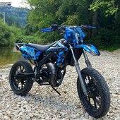 🔵⚫️ On valide ce kit déco CORNER ✅ Et vous, vous en pensez quoi ?  #gotamdesign #moto #ktm #husqvarna #yamaha #kawasaki #suzuki #honda #beta #derbi #sherco #fantic #gilera #rieju #bikelife #supermot #motocross #enduro #50cc #85cc #125cc #250cc #300cc #450cc #500cc #2stroke #4stroke #ride #grenzgaenger #chrome